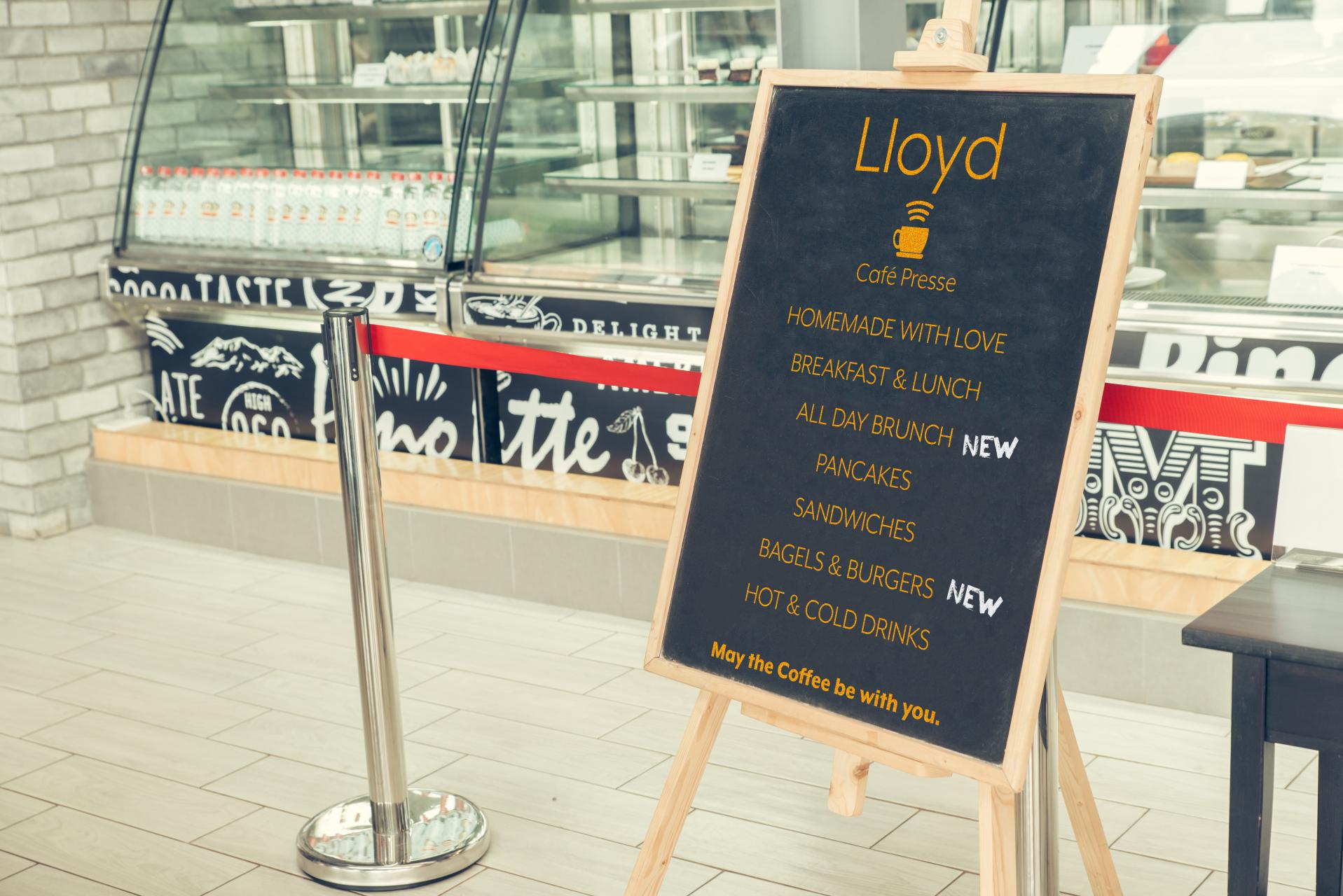 Lloyd_charcoal-board